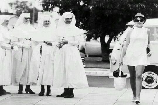 A Fashion Statement ทศวรรษ 1960