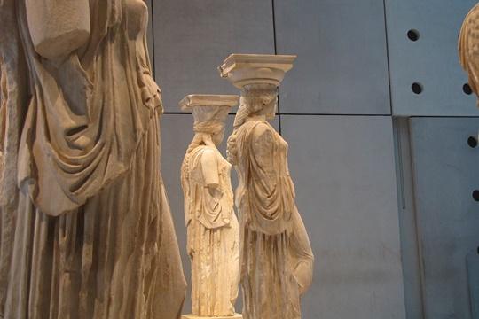 พิพิธภัณฑ์อะโครโพลิส (Acropolis Museum)
