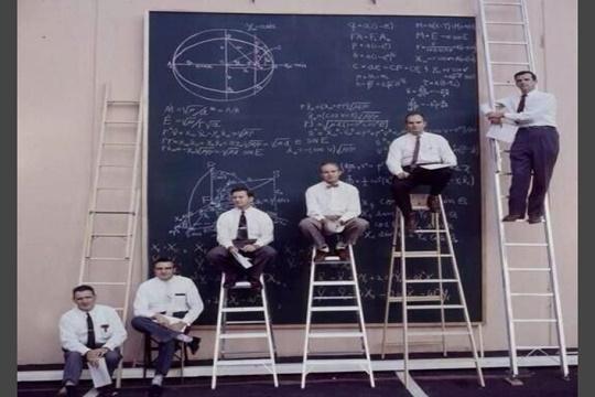 การแข่งขันของเหล่านักวิทยาศาสตร์ในนาซ่า ปี 1961
